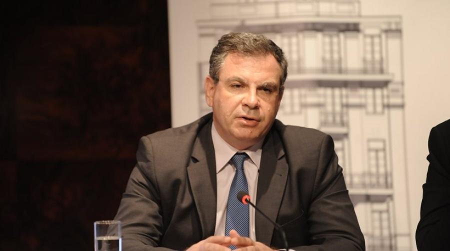 Βέττας (ΙΟΒΕ): Παραμένουν οι κίνδυνοι και οι διαρθρωτικές αδυναμίες της ελληνικής βιομηχανίας