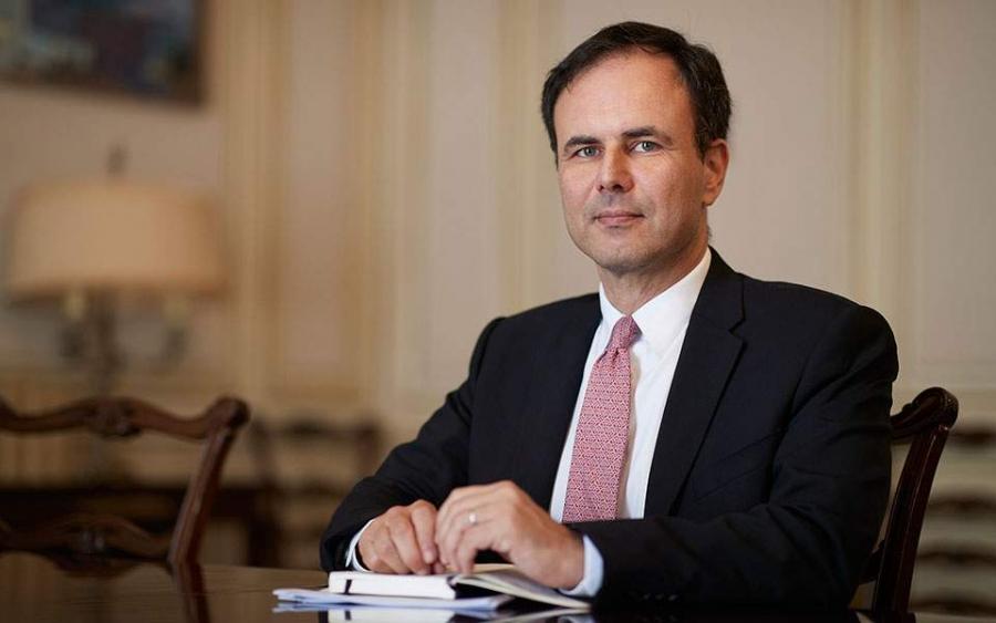 Πατέλης (Συμβ. Πρωθυπουργού): Όχι σε κίνητρα για καταθέσεις στις τράπεζες – Νέο ειδικό πακέτο για τουρισμό
