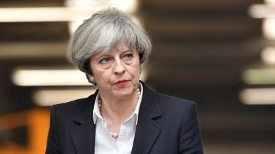 Βρετανία: Η Theresa May αύξησε τους μισθούς των δημοσίων υπαλλήλων, λίγο πριν αποχωρήσει