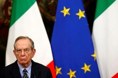 Padoan(Ιταλός ΥΠΟΙΚ): Πιθανή η συνεργασία αριστερών και δεξιών κομμάτων μετά τις ιταλικές εκλογές του Μαρτίου