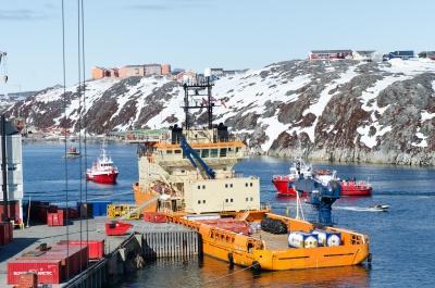Γιατί η Γροιλανδία μπλοκάρει τις έρευνες για πετρέλαιο