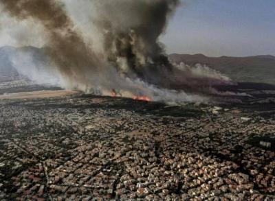 Λέκκας για τη φωτιά στη Βαρυμπόμπη: Στους 600 βαθμούς έφτασε η θερμοκρασία – «Πυριτιδαποθήκη» η Ελλάδα