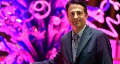 Αποχωρεί από τη Mohegan ο πρόεδρος και CEO Mάριος Κοντομέρκος
