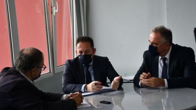"""Πέτσας: 4,4 εκατ. ευρώ από το πρόγραμμα """"Αντώνης Τρίτσης"""" για την ανάπλαση του πρώην στρατοπέδου Παύλου Μελά"""