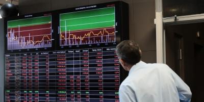 Λίγο μετά το άνοιγμα του ΧΑ – Ακολουθεί τις ξένες αγορές με απώλειες άνω του 1%
