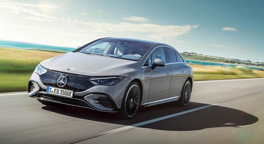 Η Mercedes EQE είναι ο αντίπαλος του Tesla Model S