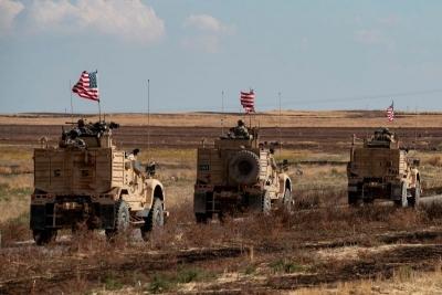 Οι ΗΠΑ στέλνουν στρατιωτικές προμήθειες στη βάση τους στη Συρία που ελέγχεται από το κουρδικό YPG