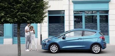 Νέα τέλη ταξινόμησης: Φτηνότερα τα νέα αυτοκίνητα, ειδικότερα τα υβριδικά