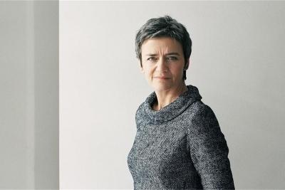 Σε δεινή θέση η Vestager της Κομισιόν - Επί των ημερών της το σκάνδαλο ψηφιακής κατασκοπείας της ΕΕ, γιατί βάλει κατά Apple, Google;