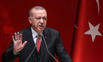 O Erdogan ζητά συνεργασία με τους Taliban του Αφγανιστάν... αλλά χτίζει τείχος στα σύνορα για τους πρόσφυγες