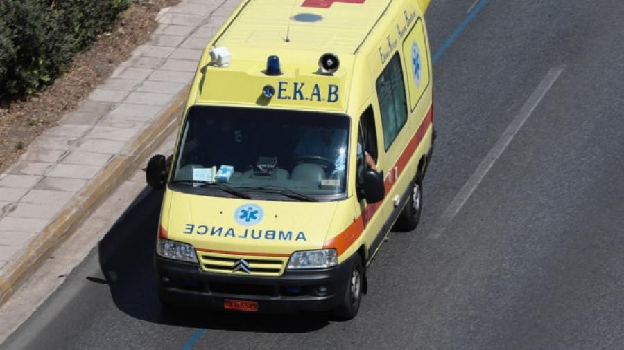 Πάτρα - Αναστάτωση στον ΕΦΚΑ - Άνδρας απειλούσε πως θα πέσει από τον 4ο όροφο του κτιρίου