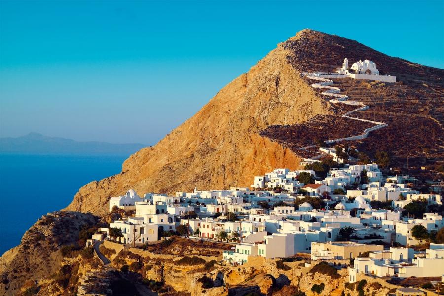 Spiegel: 7 προορισμοί για ασφαλείς διακοπές στην Ελλάδα