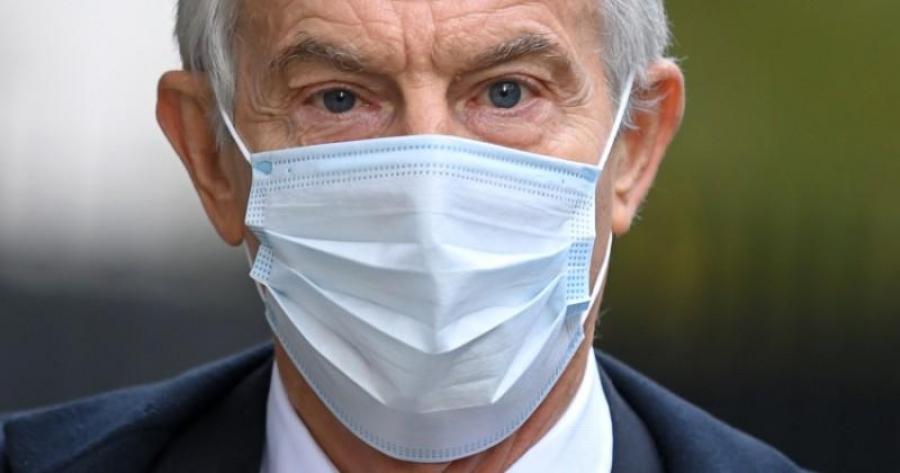 Blair (πρ. πρωθυπουργός Βρετανίας): Lockdown για όσους δεν εμβολιάζονται