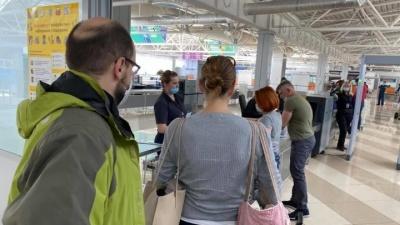 Επιτυχής ο επαναπατρισμός 64 Ελλήνων από την Ουκρανία με πτήση της Aegean