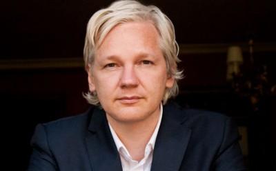 Ο κορωνοϊός «φρενάρει» προσωρινά την έκδοση του Julian Assange στις ΗΠΑ