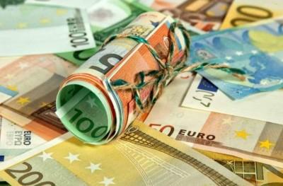 Στους 400.000 οι ευνοημένοι από τα αναδρομικά 850-13.000 ευρώ και 1.100.000 βγαίνουν εκτός πεδίου με την τροπολογία
