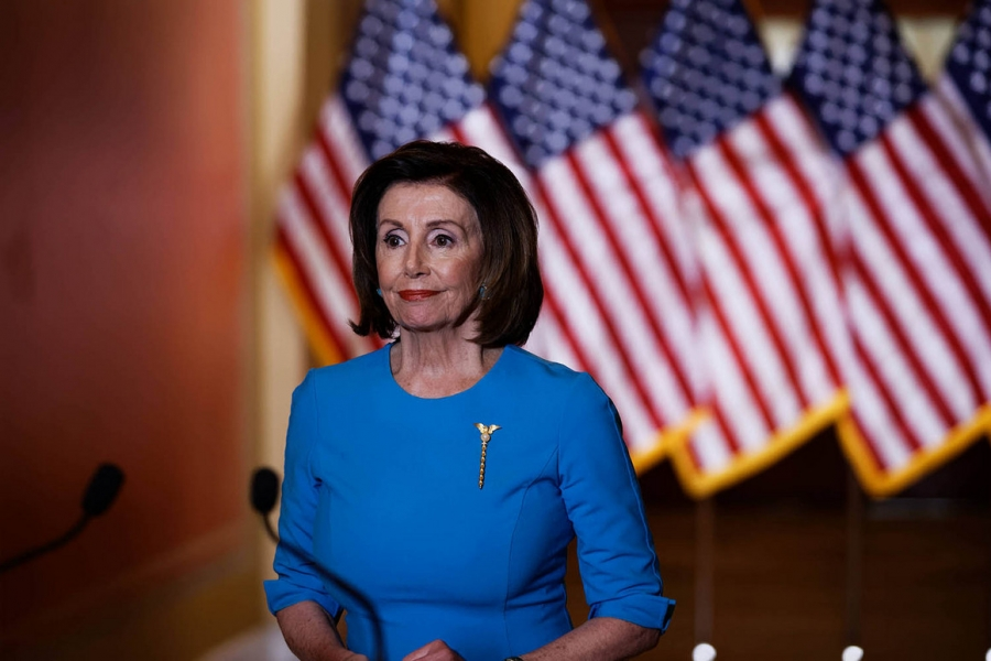 Pelosi (ΗΠΑ): Ανοικτή η ημερομηνία διαβίβασης του φακέλου του Trump στη Γερουσία για παραπομπή