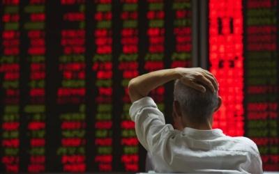 Συνεχίζονται οι απώλειες στην Ασία μετά τη νέα πτώση στη Wall - Στο -1,04% ο Nikkei, «βουτιά» -8,39% για τον Kospi