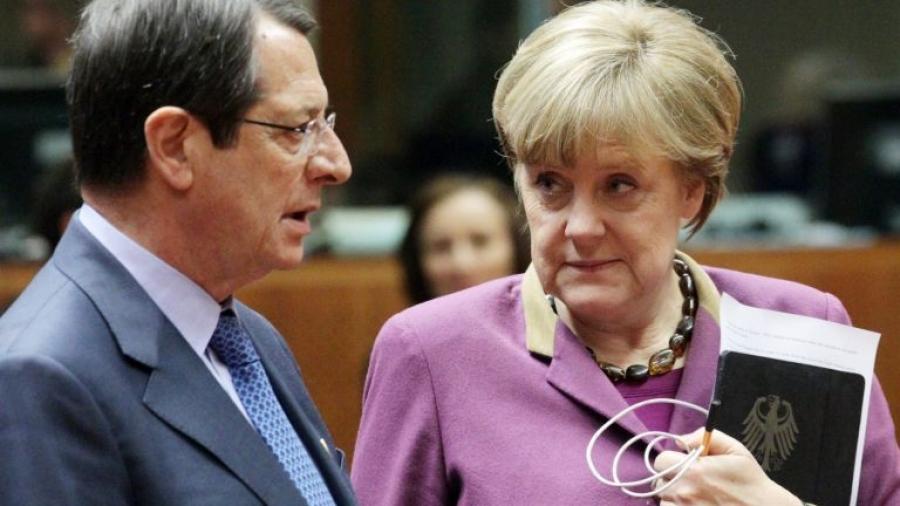 Διεργασίες για το Κυπριακό - Η Merkel ζητά συμβιβασμό από... όλους - Επαφές με Αναστασιάδη, Erdogan - Στην Κύπρο ο Borrell