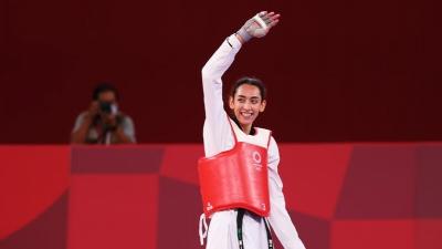 Κίμια Αλιζαντέχ: Η αθλήτρια που άγγιξε το πρώτο μετάλλιο με την Ολυμπιακή Ομάδα Προσφύγων!
