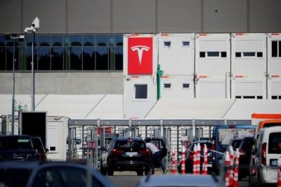 Musk (Tesla): Το Νοέμβριο 2021 τα πρώτα ηλεκτροκίνητα οχήματα από το εργοστάσιο στο Βερολίνο