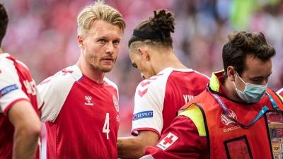 UEFA: Βράβευσε το ιατρικό επιτελείο και τον αρχηγό της Δανίας, Κιάερ, που έσωσαν τον Έρικσεν!