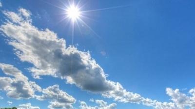 Πάσχα με πιθανές τοπικές βροχές και θερμοκρασίες έως 26 βαθμούς