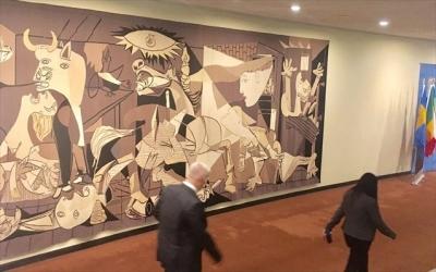 Η οικογένεια Rockefeller απέσυρε τη θρυλική «Guernica» του Picasso από την έδρα του ΟΗΕ