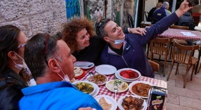 Ισραήλ: Άνοιξαν μπαρ και καφετέριες αλλά…μόνο για εμβολιασμένους