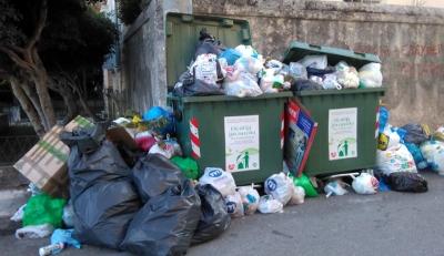 Πάρτι της μαφίας της ανακύκλωσης εν μέσω lockdown και με τυφλή αστυνομία (φωτο + βίντεο)