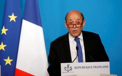 Le Drian (ΥΠΕΞ): Αναγκαίο ένα moratorium στην εμπορική διαμάχη ΗΠΑ - ΕΕ