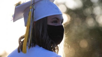 HΠΑ: Η κυβέρνηση απέσυρε την απόφασή της για ανάκληση θεωρήσεων εισόδου ξένων φοιτητών
