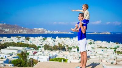 Οι Αμερικανοί βιάζονται να επισκεφθούν την Ελλάδα