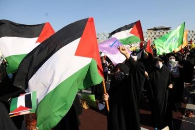 Ιράν: Χαιρετίζει «νίκη των Παλαιστινίων» στη Γάζα και απειλεί με «θανάσιμα πλήγματα» το Ισραήλ