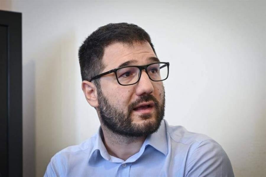 Ηλιόπουλος: Η μη διαγραφή Μπογδάνου δείχνει τον ακροδεξιό κατήφορο της ΝΔ