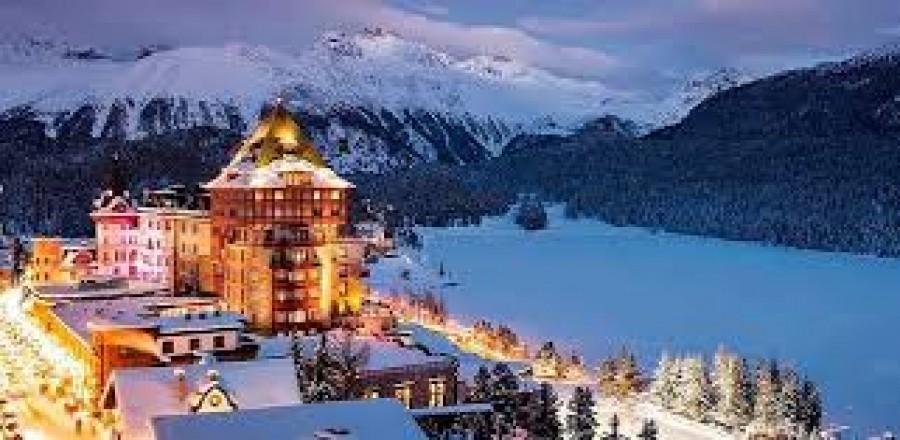 Ελβετία - Κορωνοϊός: Ναι στο σκι τα Χριστούγεννα, αλλά με περιορισμούς και τήρηση αποστάσεων