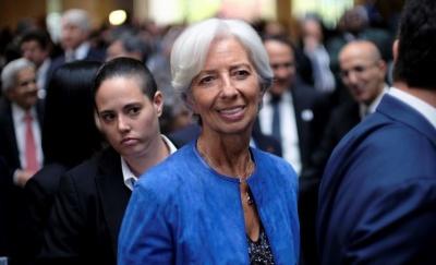 Υπευθυνότητα και διαφάνεια ζητά από τις κεντρικές τράπεζες η Lagarde