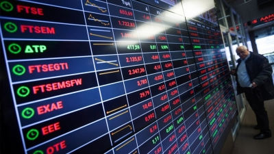 Λίγο μετά το άνοιγμα του ΧΑ – Συνεχίζεται η διόρθωση, οι τράπεζες στο επίκεντρο