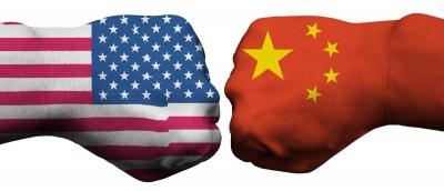 O Trump «πάτησε το κουμπί» - Σε θέση μάχης ΗΠΑ και Κίνα για παγκόσμιο εμπορικό πόλεμο - Τι εκτιμούν Deutsche, Goldman