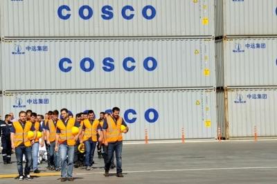 Οργή κατά της Cosco στο λιμάνι του Πειραιά μετά τον θάνατο 45χρονου εργαζόμενου