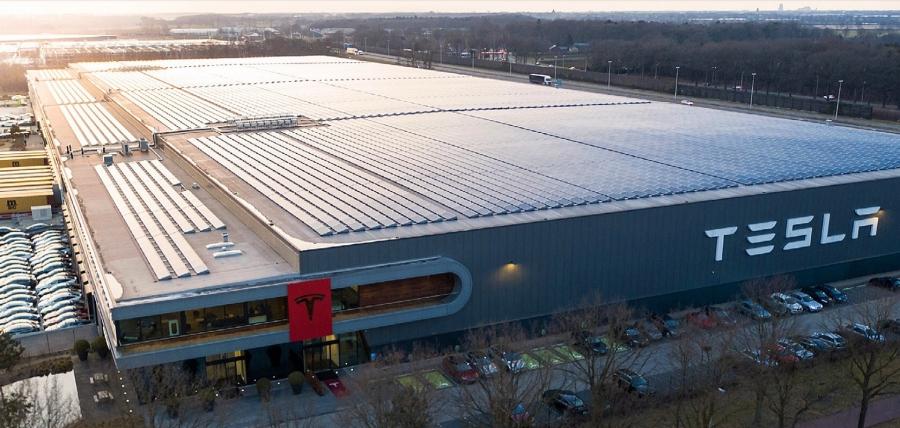 Γερμανία: Εντός του 2021 η έγκριση του επενδυτικού σχεδίου της Tesla για το εργοστάσιο μπαταριών στο Βερολίνο