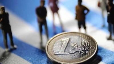 Ενίσχυση του οικονομικού κλίματος στην ευρωζώνη τον Ιούλιο - Στις 90,8 μονάδες στην Ελλάδα με αύξηση 3,2 μον. έναντι Ιουνίου