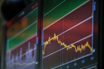 Λίγο μετά το κλείσιμο του ΧΑ – Οι νέες απώλειες στις τράπεζες, τα νέα υψηλά στη ΔΕΗ και τα υπόγεια καλώδια