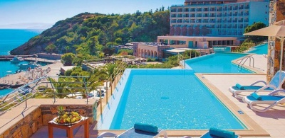 Το πακέτο 4 σημείων για την προστασία του τουρισμού που προωθεί η κυβέρνηση - Τι προβλέπει για ξενοδοχεία και εργαζομένους