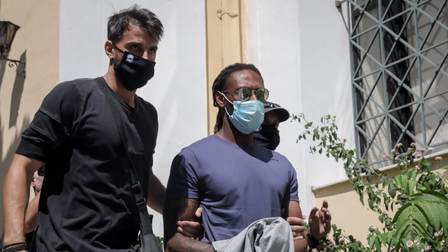Απολογείται ο Σεμέδο στον ανακριτή - Ανοιχτό το ενδεχόμενο προφυλάκισης
