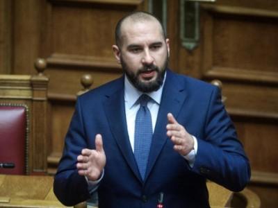 Τζανακόπουλος: Όρος για τον περιορισμό της ύφεσης η στήριξη της εργασίας