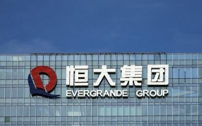 Evergrande: Ξεκίνησαν εκ νέου οι εργασίες σε δέκα έργα – Αγώνας δρόμου για αποφυγή της αθέτησης πληρωμών