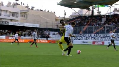 ΟΦΗ – ΑΕΚ 0-1: Ένταση ανάμεσα στους παίκτες – Αποβλήθηκε ο Λιβάι Γκαρσία (video)