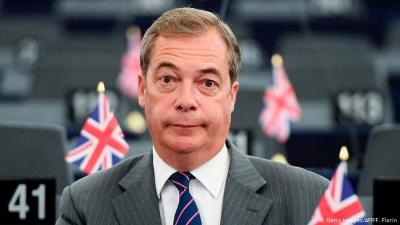 Farage: Μικρή αναβολή του Brexit και πρόωρες βουλευτικές εκλογές