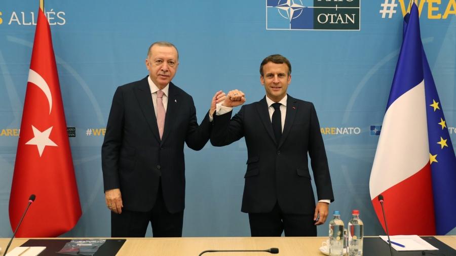 Το 45λεπτο... ξεκαθάρισμα Macron με Erdogan: «Προχωράμε μαζί σε Συρία και Λιβύη»
